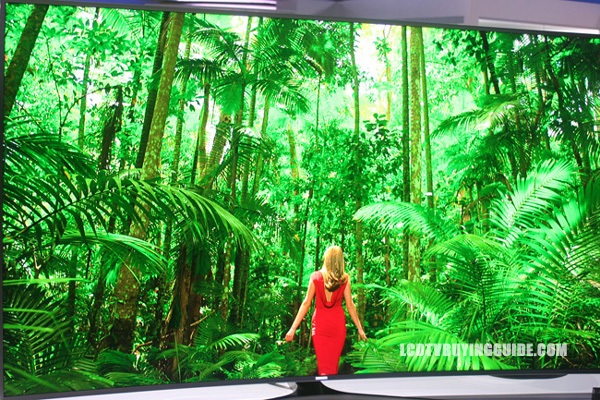 Samsung's curved UN65JS9500 SUHD